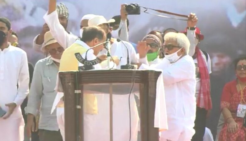 Rift between Congress and ISF takes center stage at Left's mega brigade rally