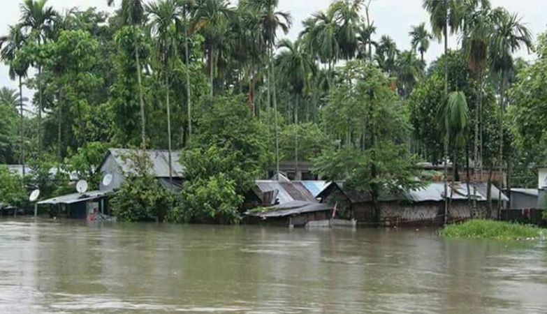 CM takes update from chief secretary about flood situation, 35000 people rescued, 32000 camps opened, 11 dead