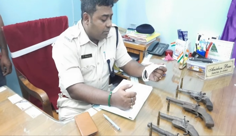 Arms and ammunition seized in Kalyani, one arrested